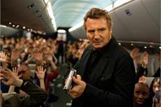 Zwei Hollywood-Legenden in luftiger Höhe: Liam Neeson und Julianne Moore in Non-Stop